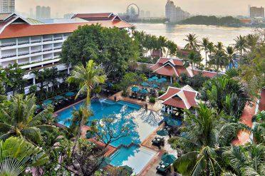 Anantara Riverside Pool