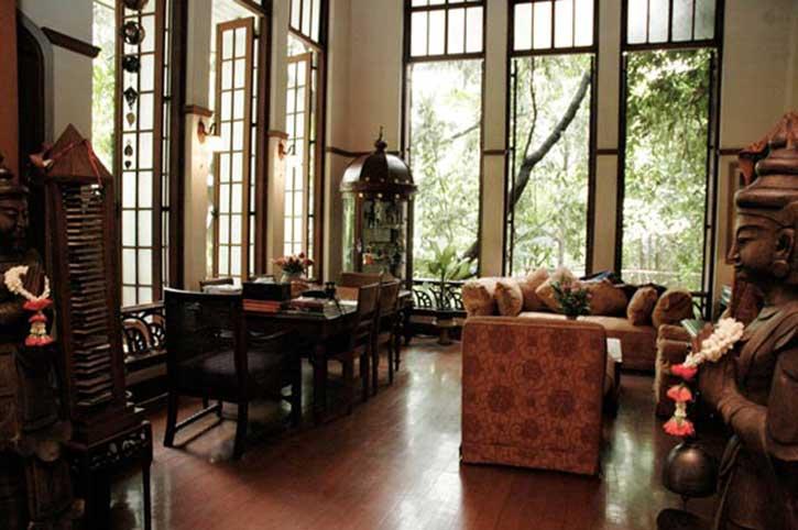 Ariyasom Villa Lounge