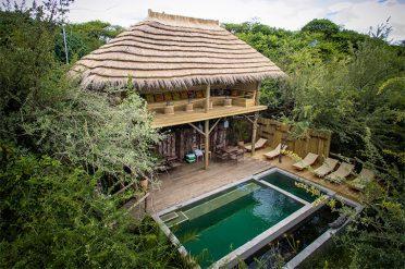 Bakwena Lodge Exterior