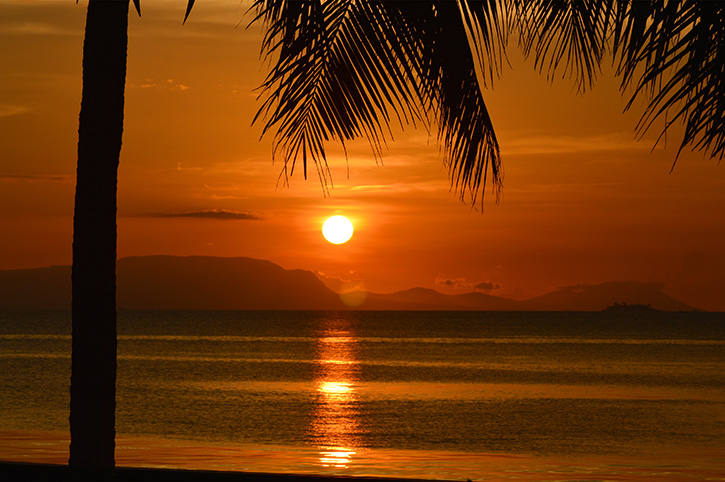 Beautiful-sunset-in-Kep,-Cambodia