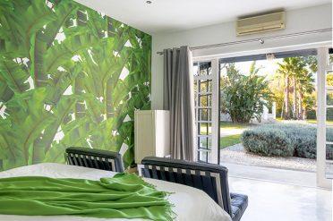 Bloomestate Luxury Garden Room Green theme