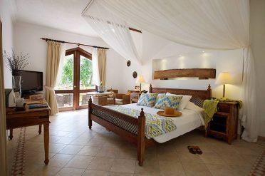 Bluebay Beach Resort Superior Room