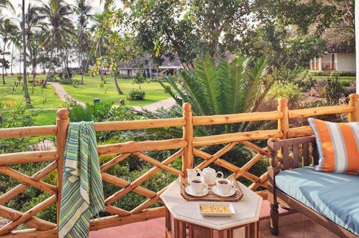 Bluebay Beach Resort Superior Room Balcony