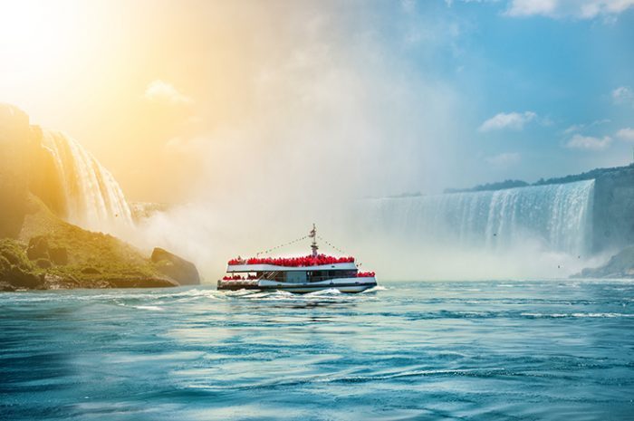 Boat Tour Niagara Falls