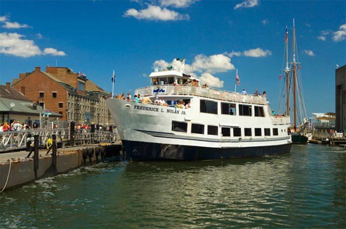 Boston Harbour Cruise