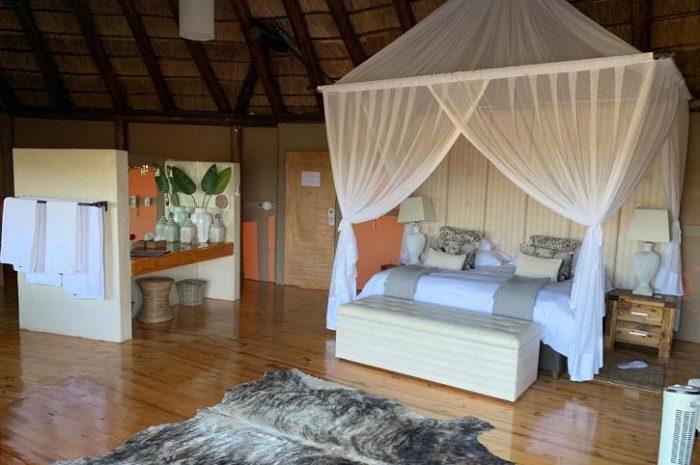 Bush Lodge Luxury Tent