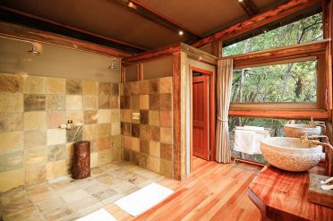 Camp Okavango Suites Bathroom