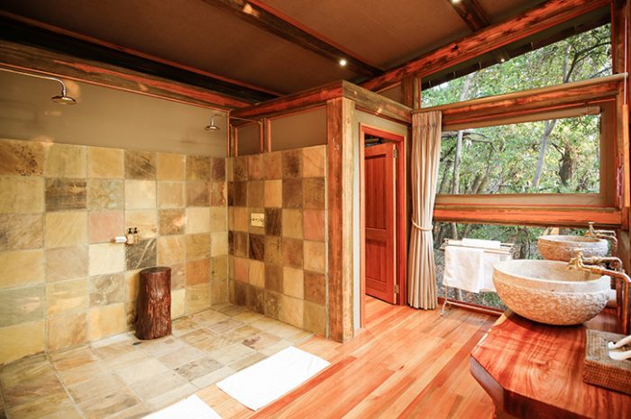 Camp Okavango Suites Bathroom