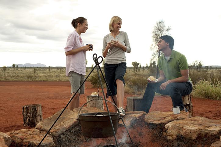 Camping, Ayers Rock (Uluru), Red Centre