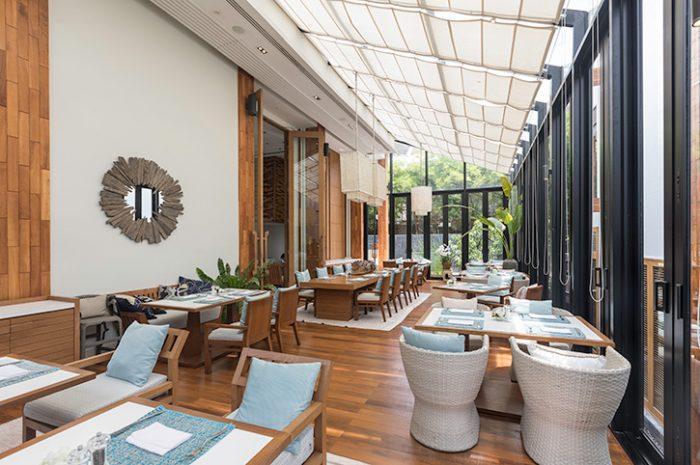 Cape Nidhra Hotel On The Rocks Restaurant