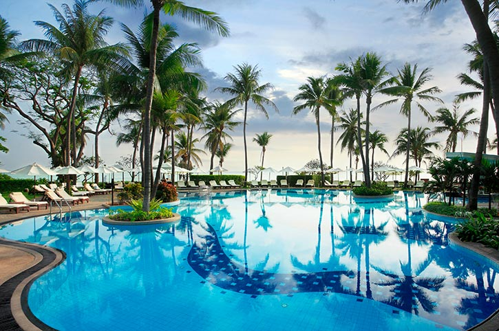 Centara Hua Hin Swimming Pool