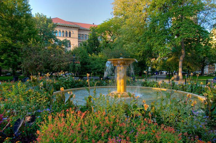 Wash Square, Chicago, USA