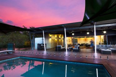 Cicada Lodge, swimming pool