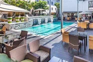 City Lodge OR Tambo pool