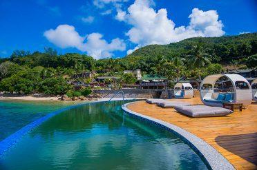 Coco De Mer Beachfront Jetty Pool