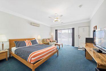 Comfort Inn The International Deluxe Spa Room