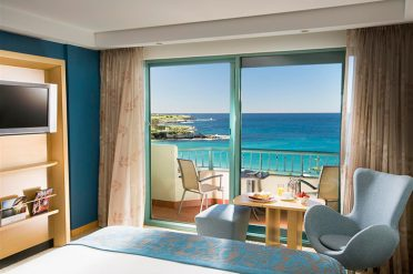 Crowne Plaza Coogee Room
