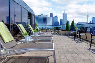 Sun Deck Chelsea Hotel Toronto