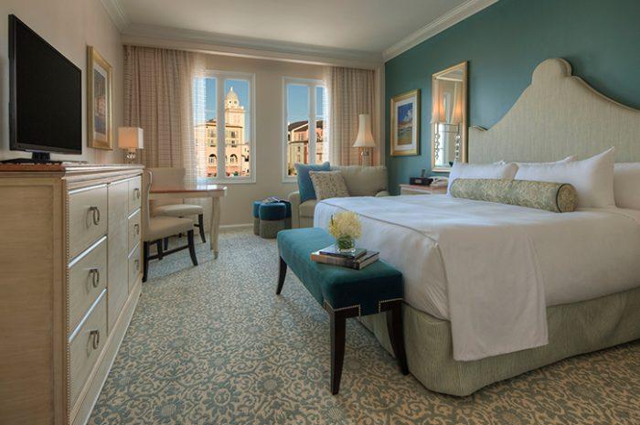 Deluxe Room Portofino Bay
