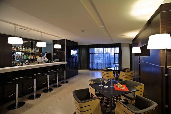 Eka Hotel Galaxy Bar