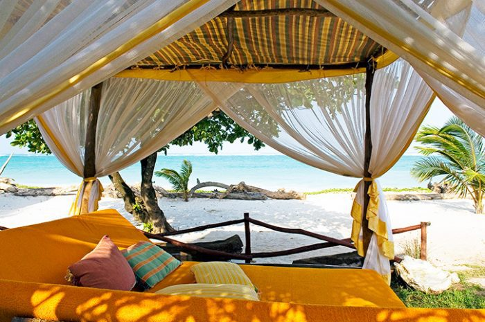 Elewana Afrochic Beach Bed