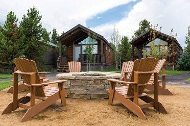 Explorer Cabins Fire Pit