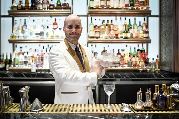 Fairmont Royal York Cocktail Barman