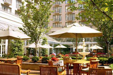 Fairmont Washinton DC Hotel Courtyard