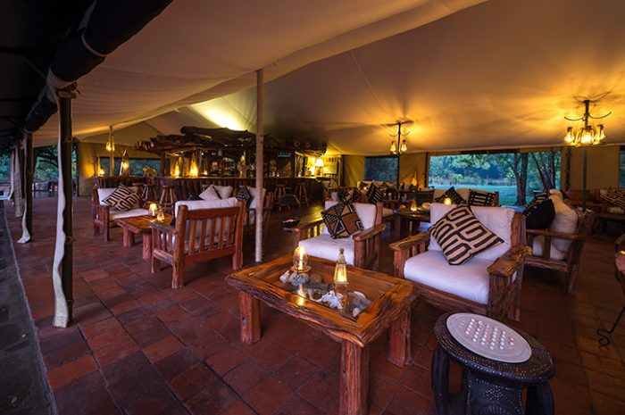 Governors Camp Bar And Lounge