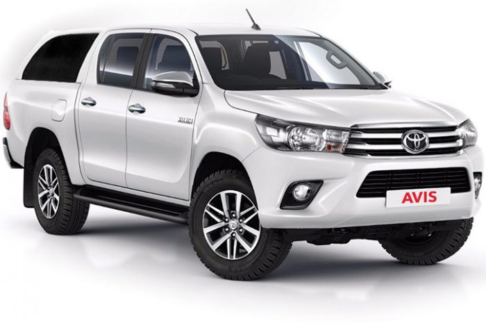 Namibia Car Hire 4WD Toyota Hilux Manual