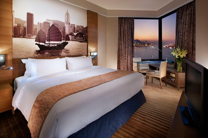 Harbour Grand Deluxe Room