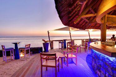 Heritage Awali Beachfront Bar