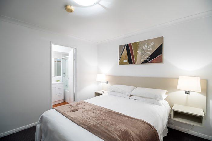 Hillarys Harbour Resort Main Bedroom