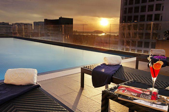 Horizon Hotel Pool