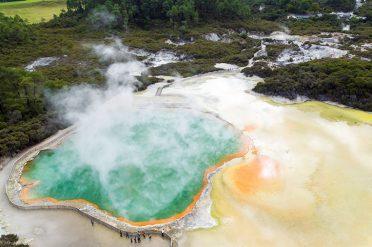 Rotorua Champagne Pools