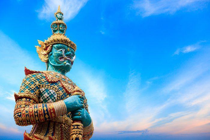 Statue of Yakasha Bangkok Day Tour
