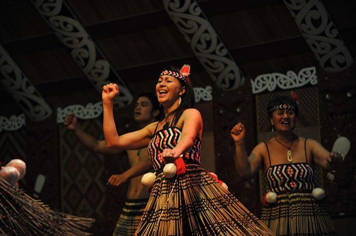 Te Puia Pa Women Performing