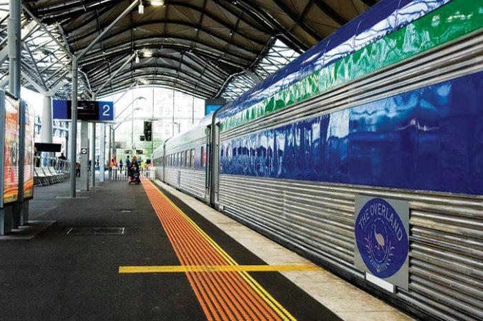 Train, Melbourne Platform