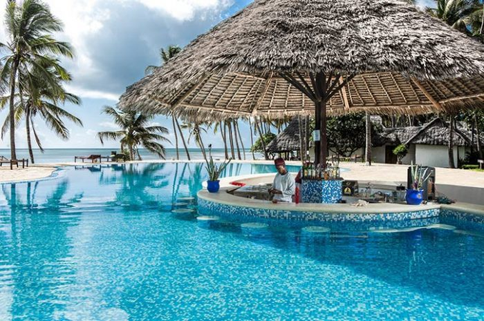 Karafuu Beach Resort Pool Bar