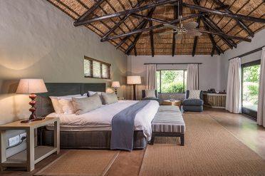 Kariega River Lodge Room