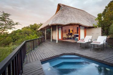 Kichaka Lodge Bush Facing Suite