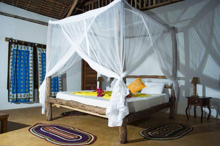 Kichanga Lodge Bungalow Interior
