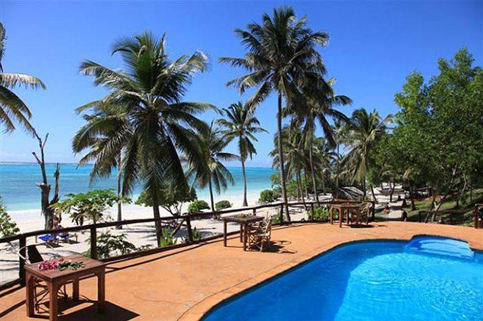 Kichanga Lodge Pool