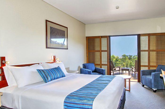 Kingfisher Bay Room