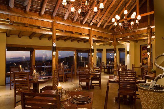 Kuzuko Lodge Dining Area