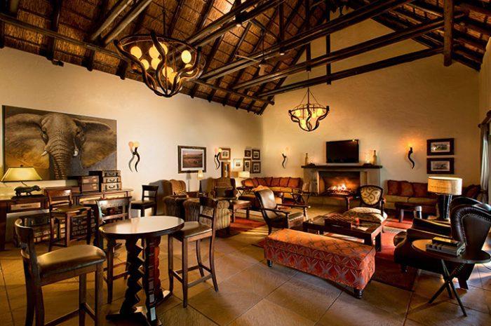 Kwa Maritine Bush Lodge Bar and Lounge