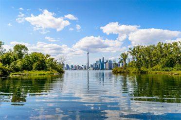Lake Ontario, Toronto