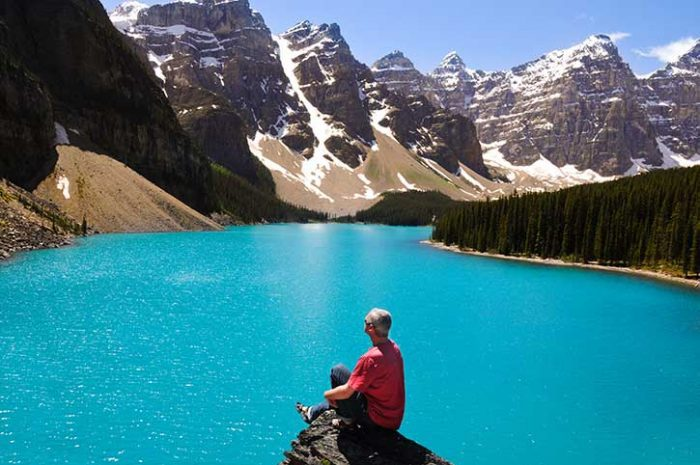 Lake Louise Tourist
