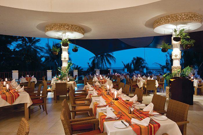 Leopard Beach Resort Horizon Restaurant