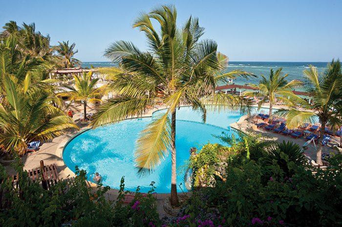 Leopard Beach Resort Pool